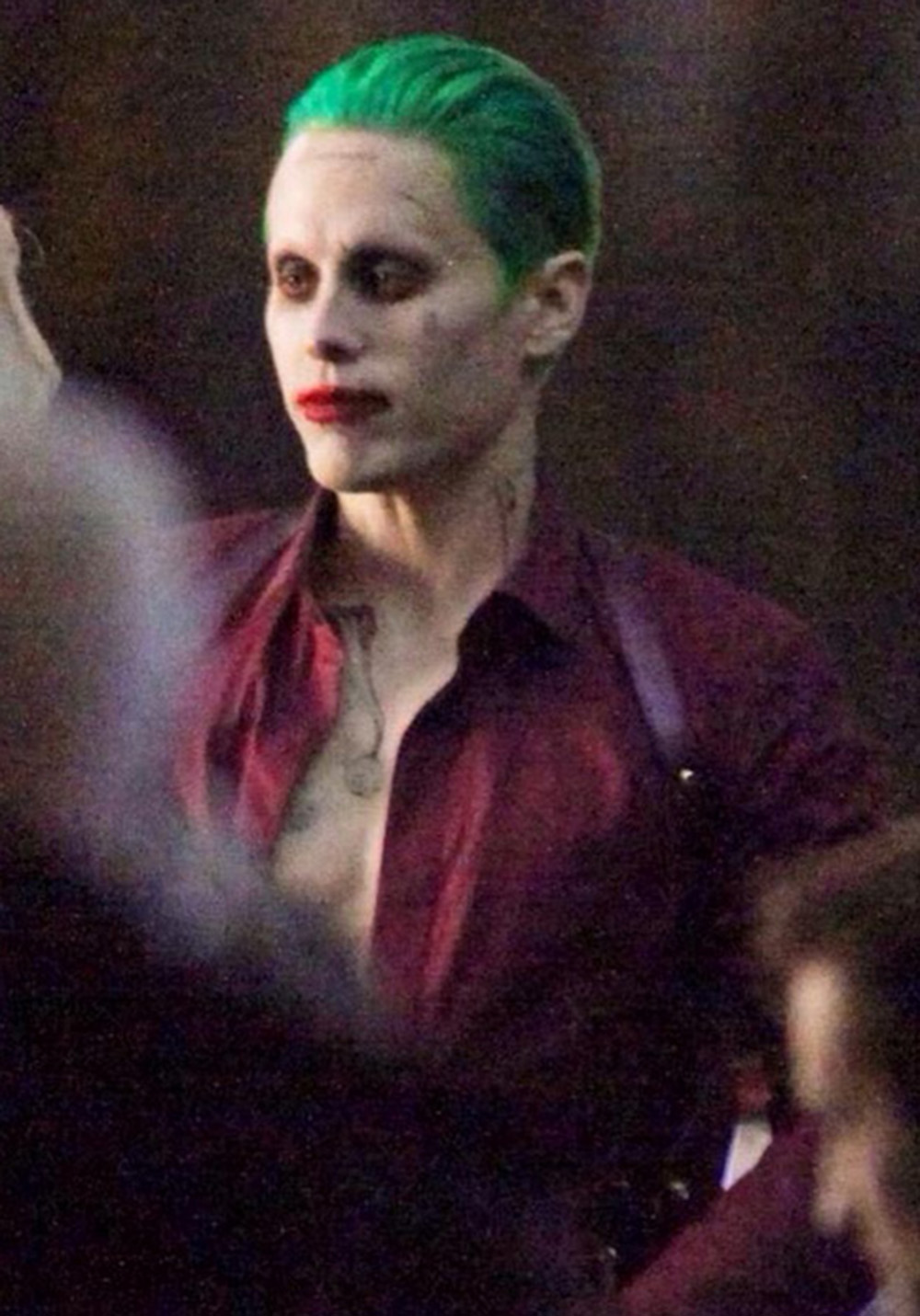 video pics of the joker and harley quinn in suicide squad know it all joe. Black Bedroom Furniture Sets. Home Design Ideas