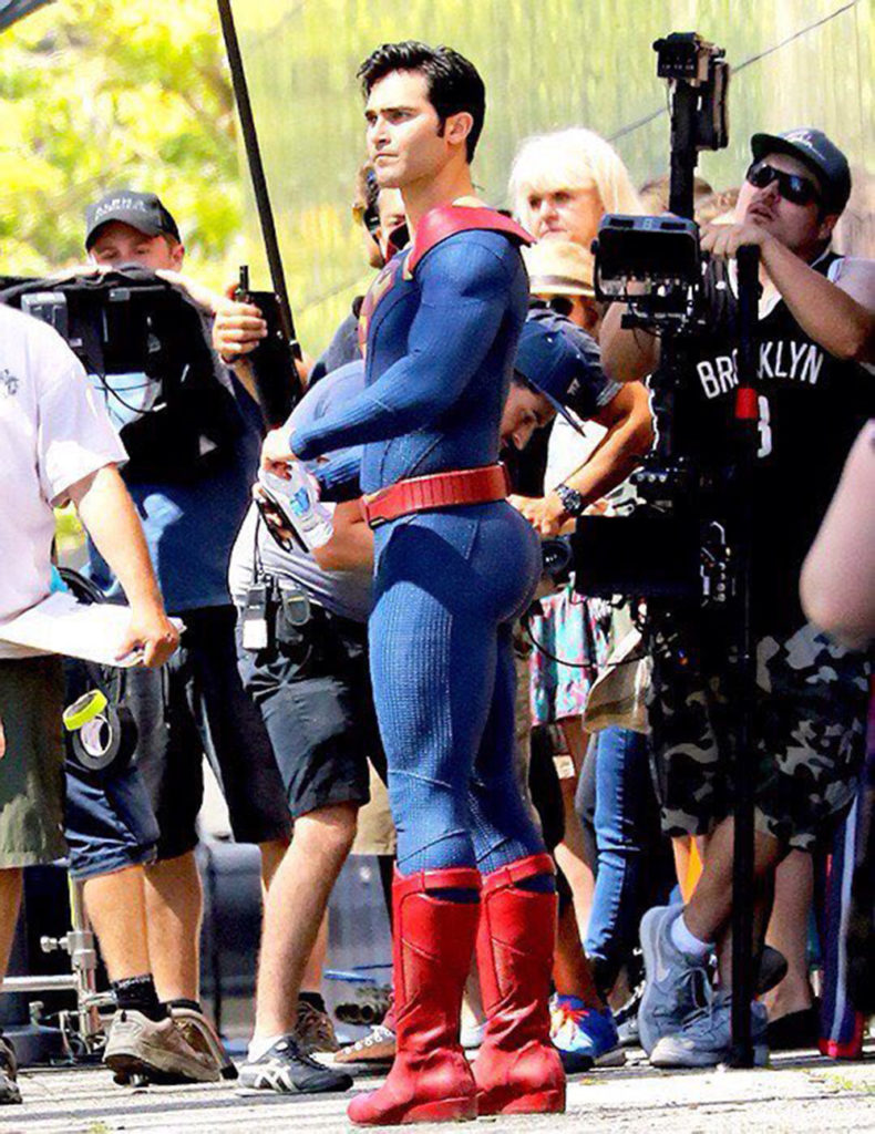 Tyler Hoechlin as Superman Pic 13